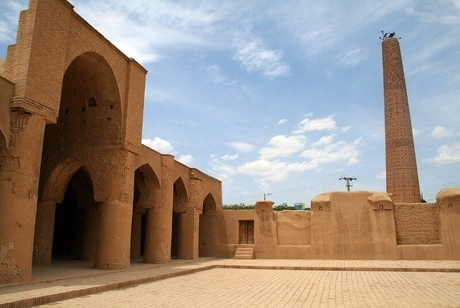 مسجد تاریخانه دامغان، مظهری از زیبایی و شکوه معماری ایرانی