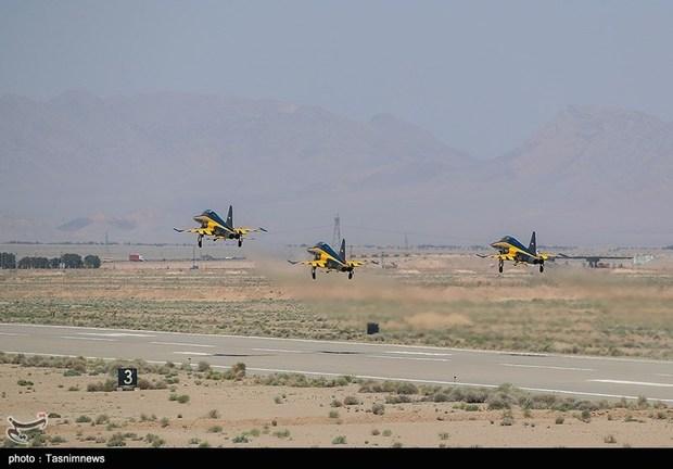 تحویل 3 فروند جت جنگنده کوثر به نیروی هوایی ارتش (1)