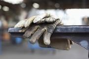  مزد ٧٠ درصد کارگران در مشاغل پایین دست چقدر است؟