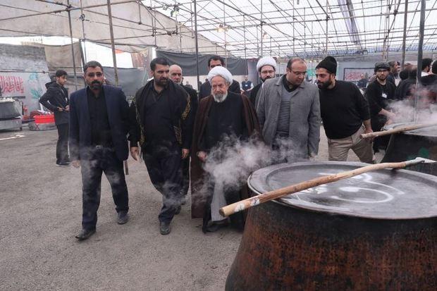 نذر فاطمی در جوار آستان ملک پاسبان رضوی با پخت 135 دیگ شله