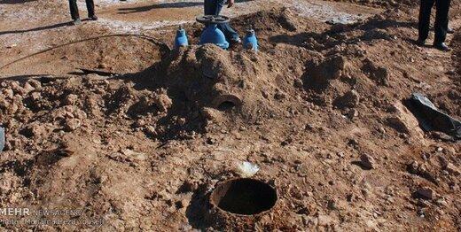 پلمب ۲۶۷ حلقه چاه غیرمجاز در ساوجبلاغ بیش از ۸۳ هکتار از اراضی کشاورزی به حالت قبل اعاده شد