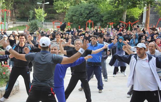 59 درصد ایرانیان با اضافه وزن روبرو هستند
