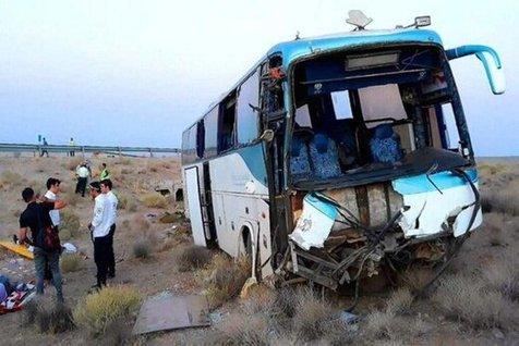 دو اتوبوس زائران ایرانی در عراق تصادف کرد