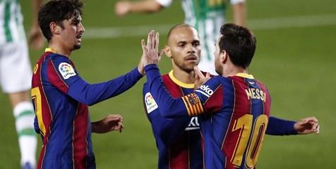 پیروزی پرگل بارسلونا مقابل بتیس با درخشش یک نیمه ای مسی