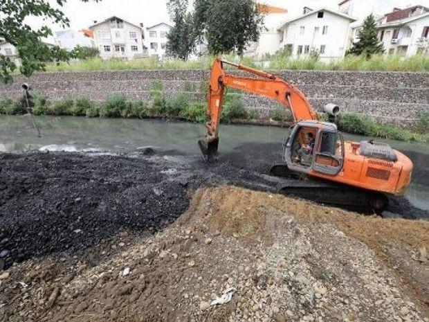 اصلاح ۱۴کیلومتر از مسیر رودخانه تلار در شهرستان سیمرغ