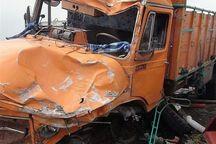 راننده کامیون در محور یزد - طبس جان باخت