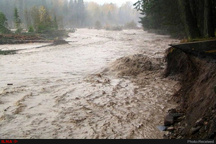 سیلاب و تندباد در خاش خسارت به بار آورد