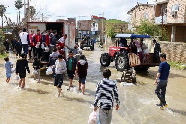 مردم بجستان 300 میلیون ریال به سیل زدگان کمک کردند