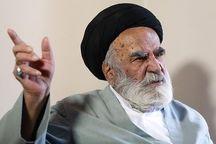 عیادت رئیس دفتر رهبر انقلاب از آیت الله کریمی در قم