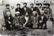 عکس قدیمی از امام خمینی و جمعی از مدرسین حوزه علمیه قم