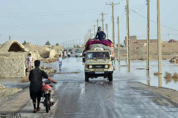 نفربرهای سپاه برای انتقال سیلزدگان در سیستان مستقر شدند
