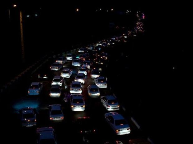 تردد خودروها در مسیر چمن بید - آشخانه از سر گرفته شد