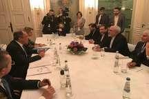 دیدار وزرای خارجه ایران و انگلیس در مونیخ