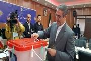 استاندار کهگیلویه وبویراحمد رای خود را به صندوق انداخت