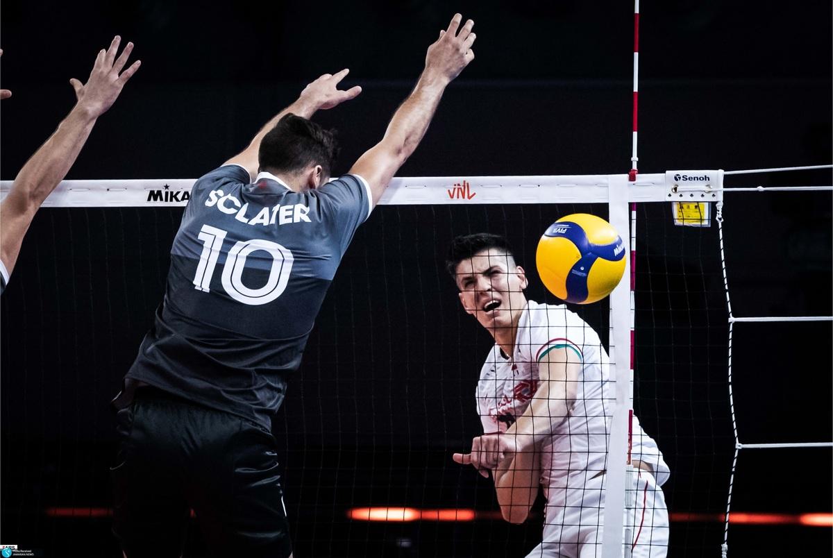 کارشناس والیبال: معروف کاناداییها را اذیت کرد/ الان زمان پیش بینی المپیک نیست