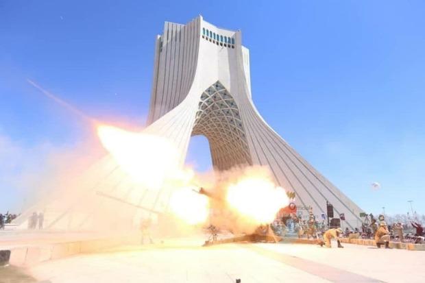تصاویر/ مراسم شلیک توپ در میدان آزادی تهران در لحظه تحویل سال