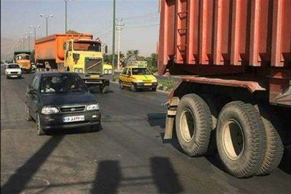 جادههای استان مرکزی در سیطره خودروهای سنگین