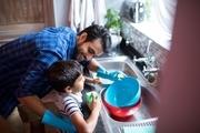 مسوولیتپذیری فرزندان در گرو تعهدپذیر بودن والدین است