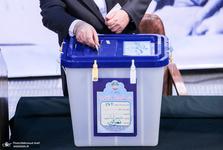 انتخابات سرنوشت کشور و جامعه را تعیین میکند و رقم میزند؛