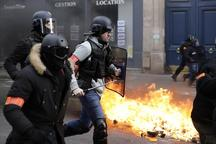 درگیری خونین معترضان جلیقه زرد با پلیس فرانسه در پاریس+تصاویر
