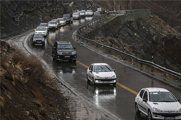 جادههای استان لغزنده است، رانندگان احتیاط کنند