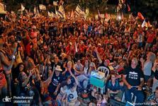 جشن «پایان نتانیاهو»/ چهره دیدنی او+ تصاویر