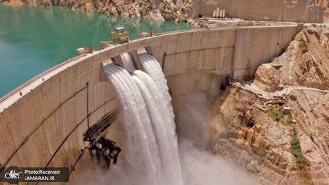 واکنش وزارت نیرو به شایعه خشک شدن سد کرخه: ان شاء الله بارندگی های بهتری در پاییز داشته باشیم