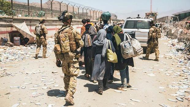 پیامدهای خروج زودهنگام آمریکا بر مردم افغانستان چیست؟