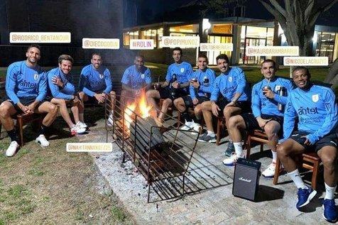 این عکس اردوی تیم ملی اروگوئه را به هم ریخت!