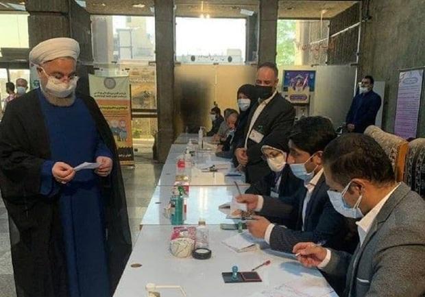 روحانی کجا رای داد؟ + عکس و فیلم