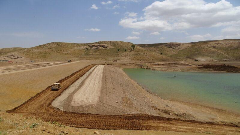 ۶ سد خاکی در ریگان آبگیری شد