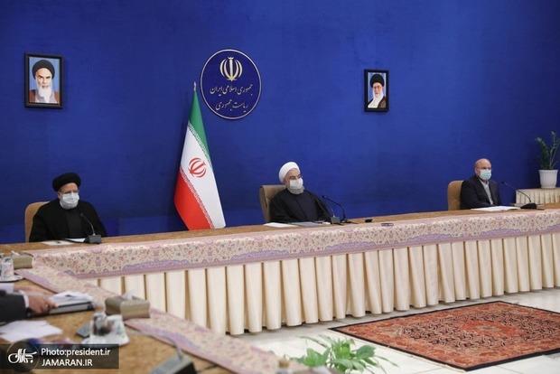 روحانی: تحریم ها نه فقط در واردات بلکه در حوزه صادرات هم آزار دهنده است