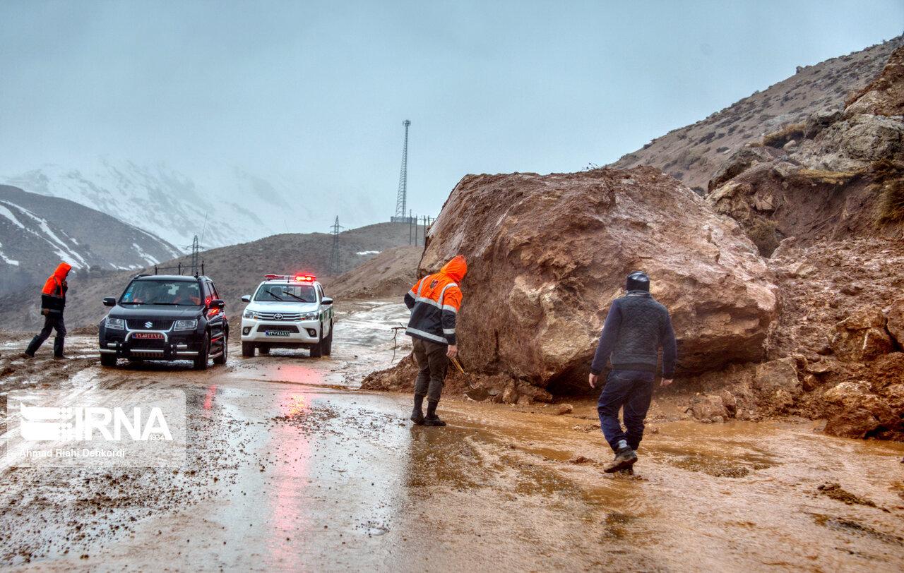 جادههای روستایی شهرستان کوهرنگ بازگشایی شد