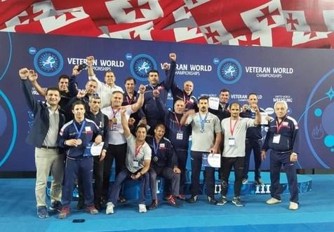 تیم کشتی فرنگی پیشکسوتان ایران قهرمان جهان شد