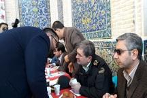 مدیران سمنان در میز خدمت با ارتباط مستقیم پاسخگوی مردم شدند