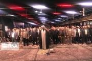اصفهانیها پس از حمله به مواضع آمریکا نماز شکر خواندند