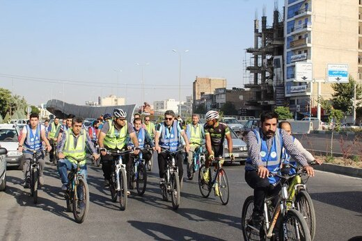 فرهنگ استفاده از دوچرخه باید نهادینه شود