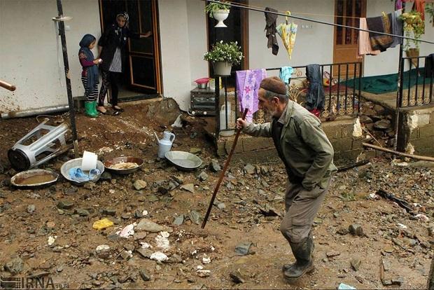 مردم همدان بیش از هفت میلیارد ریال به سیل زدگان کمک کردند