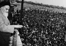الثورة الاسلامیة أزالت النظام الثُنائی الحاکم على العالم