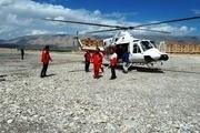 امداد رسانی هوایی به اهالی روستای چم شیر آغاز شد