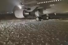 تصویری از موقعیت هواپیماى ایرباس٣١٩ هما پس از خروج از باند در کرمانشاه