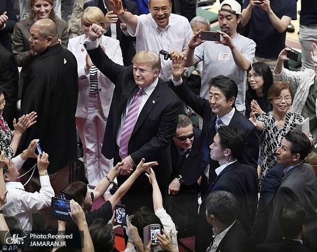 تصاویر/ حواشی جالب سفر ترامپ و همسرش به ژاپن