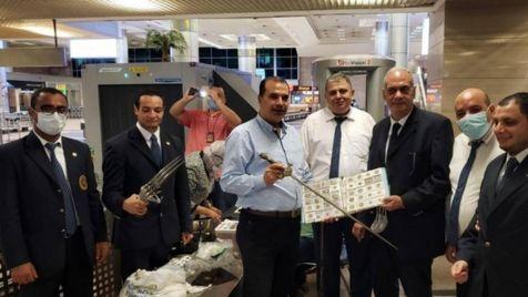 مسافری با انواع سلاح در فرودگاه قاهره دستگیر شد