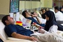 نسل اهداکنندگان مستمر خون در سمنان نیاز به جایگزینی دارد