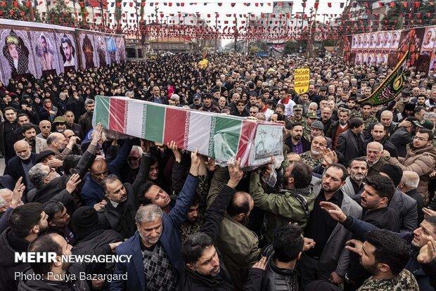 پیکر شهید حمید فعله گری در بانه تشییع شد