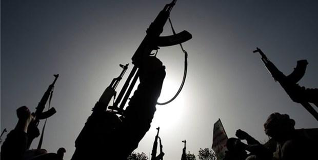 چهارمین حمله انصار الله یمن به فرودگاه مهم عربستان و عملیات آزادسازی مأرب
