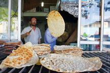رئیس اتحادیه نانوایان مشهد: نرخ نان آزاد شود