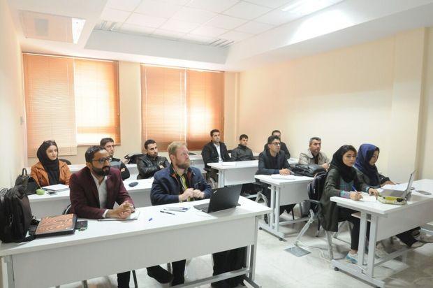 فعالان دانشجویانی اصفهانی: ناامیدی و بیتفاوتی دانشجویان زیبنده دانشگاهها نیست