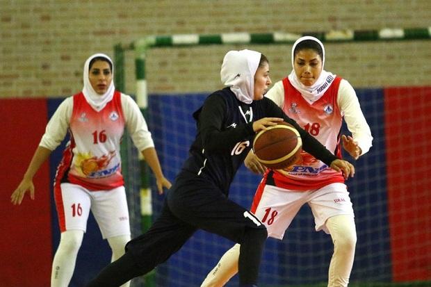 بازیکنان تیم بسکتبال شیراز برای حضور در لیگ برتر معرفی شدند