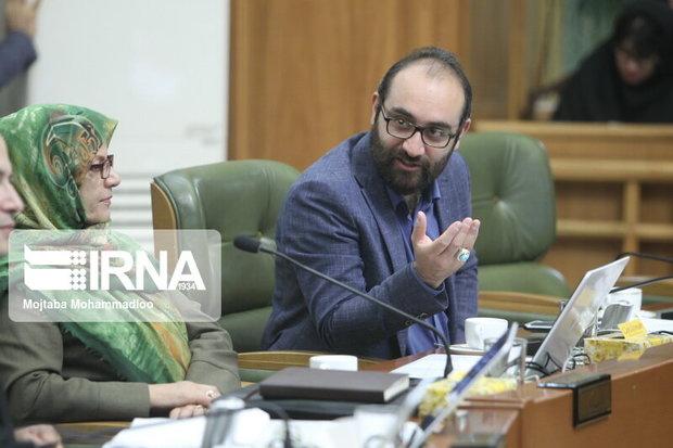 عضو شورای تهران: توجیه آتشنشانی در حادثه میدان حسنآباد پذیرفته نیست